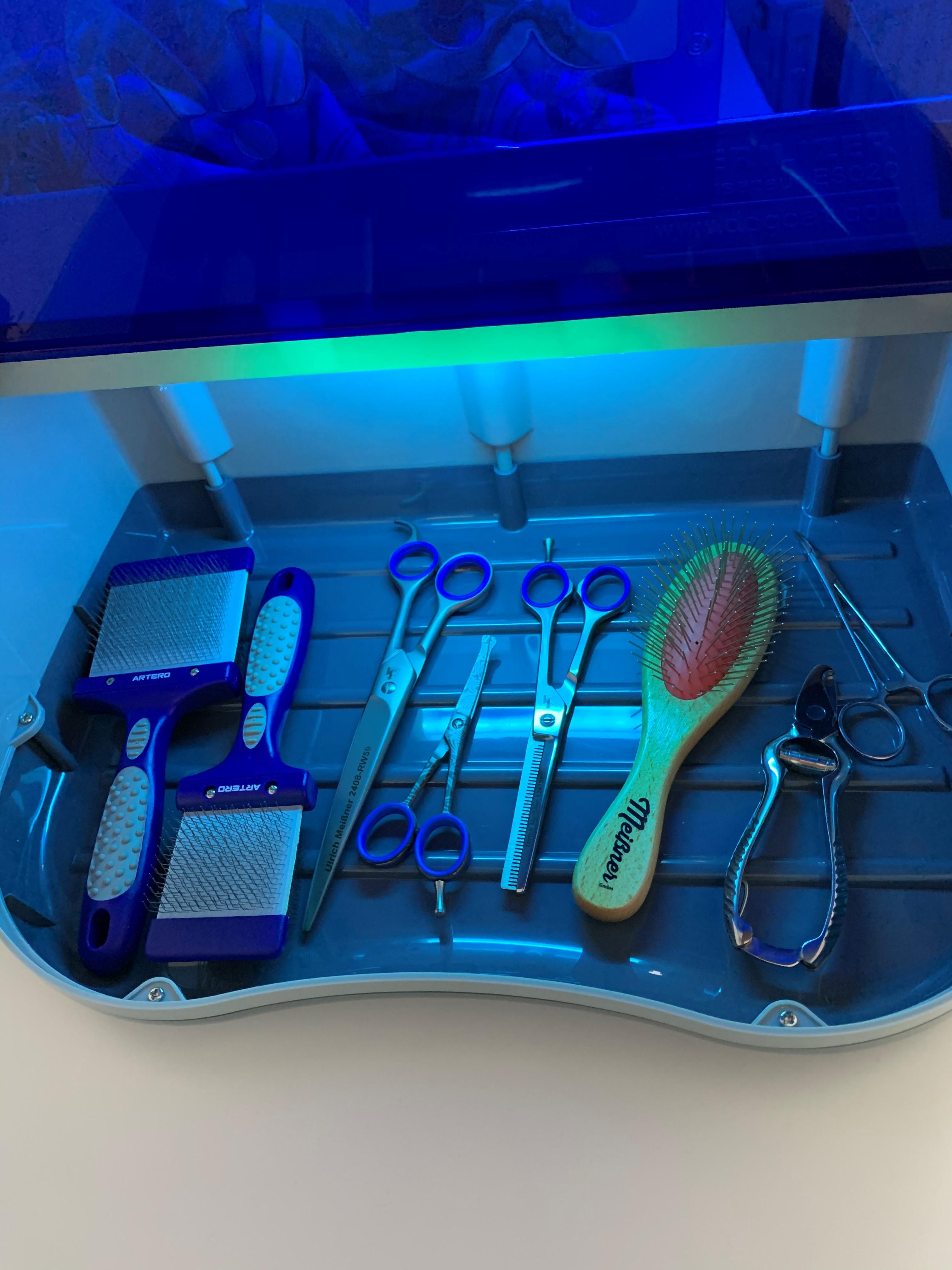 Weiss Sooiy UV-Sterilisator Heizung Handt/ücher 2 in 1 Barber Esthetique Spa Nagel-Trockner und Lampen Sterilisatoren
